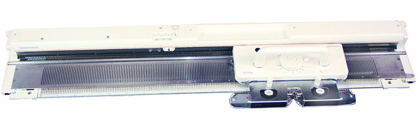 Silver Reed Sk840 knitting machine